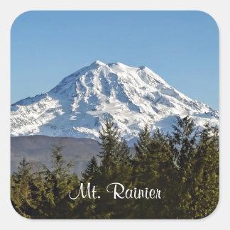 El Monte Rainier majestuoso Calcomanías Cuadradass Personalizadas