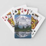 El Monte Rainier relected en una montaña el Tarn Barajas De Cartas