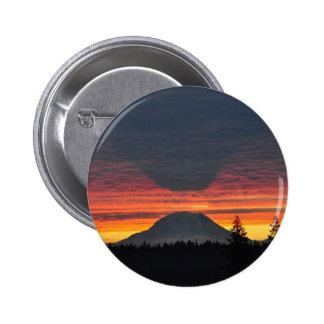 El Monte Rainier y es sombra Pin