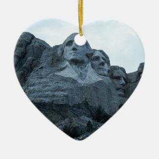 El monte Rushmore Adorno Navideño De Cerámica En Forma De Corazón