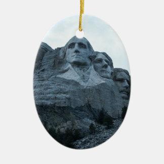 El monte Rushmore Adorno Navideño Ovalado De Cerámica