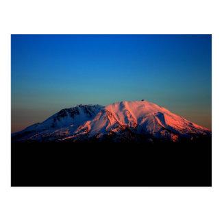 El Monte Saint Helens colorido en la postal de la