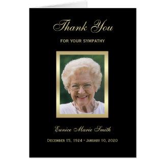 El monumento de la condolencia le agradece tarjeta