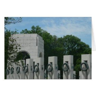 El monumento de WWII enrruella II en Washington DC Tarjeta De Felicitación