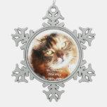 el monumento del mascota añade su ornamento de la  adornos