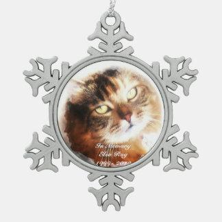 el monumento del mascota añade su ornamento de la adorno de peltre en forma de copo de nieve