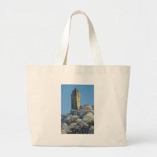 El monumento Stirling Escocia de Wallace en invier Bolsa Tela Grande