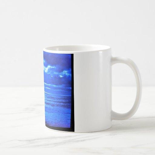 El Moonscape. azul Tazas