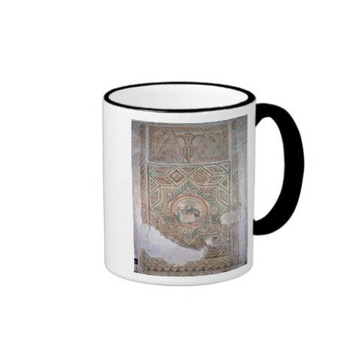 El mosaico de las liebres, ANUNCIO 350 Tazas De Café