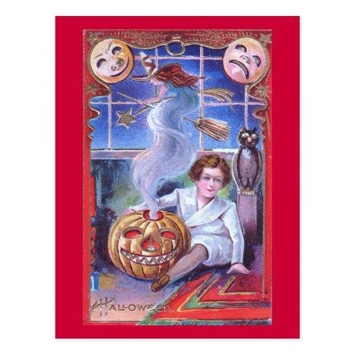 El muchacho conjura un vintage de Halloween de la  Postal