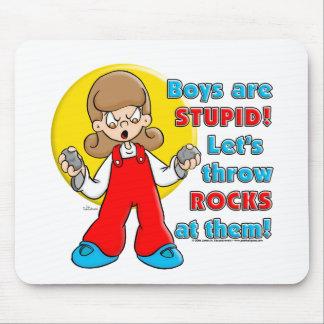 El muchacho es estúpido… tapetes de ratón