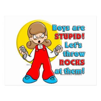 El muchacho es estúpido… postales