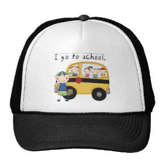 El muchacho I va a las camisetas y a los regalos Gorras