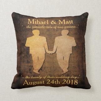 El muchacho resuelve el regalo de boda gay de los almohadas