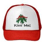 """El muérdago """"me besa"""" casquillo del navidad gorras de camionero"""