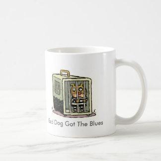 El mún perro consiguió los azules taza de café