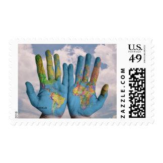 El mundo en sus sellos de las manos