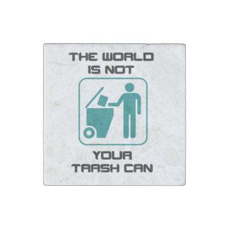 El mundo no es su icono del bote de basura imán de piedra