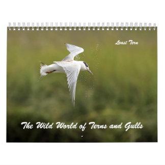 El mundo salvaje de golondrinas de mar y de gaviot calendario