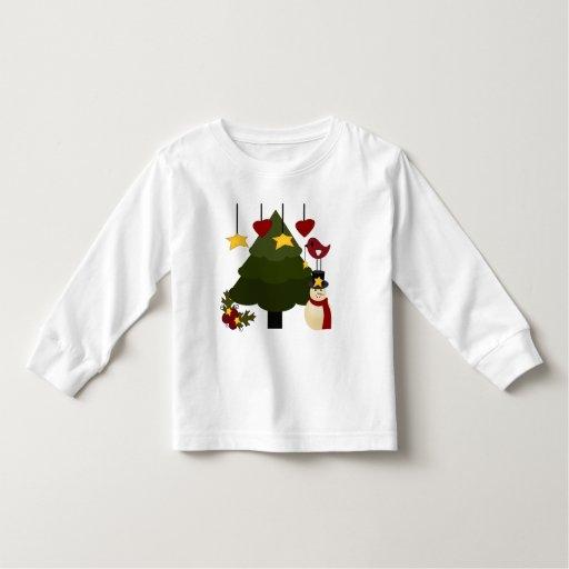 El muñeco de nieve lindo del árbol de los días de t shirts