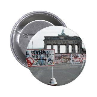 El muro de Berlín Pin Redondo De 2 Pulgadas