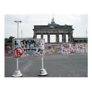 El muro de Berlín Postal