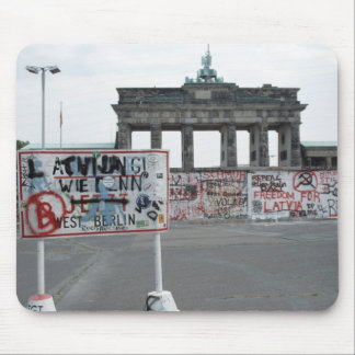 El muro de Berlín Alfombrilla De Raton