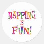 El Napping es diversión Pegatina Redonda
