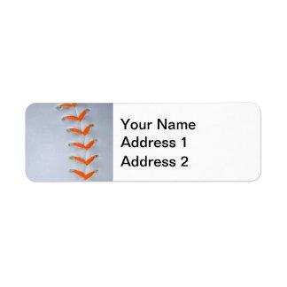 El naranja cose béisbol etiqueta de remite
