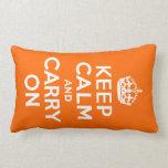 El naranja guarda calma y continúa cojín