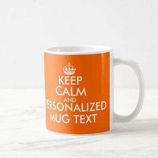 El naranja guarda la plantilla tranquila de las taza