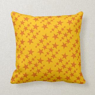 El naranja protagoniza la almohada