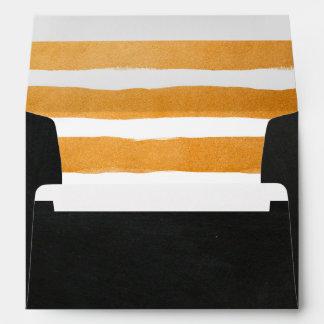 El naranja raya el sobre