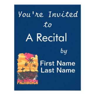 El naranja rosado de las palmeras de la persona qu invitacion personalizada