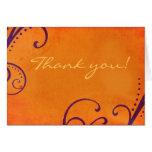 El naranja texturizado con remolinos del ciruelo l felicitación