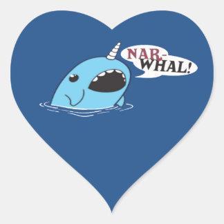 El Narwhal ruidoso Pegatina En Forma De Corazón