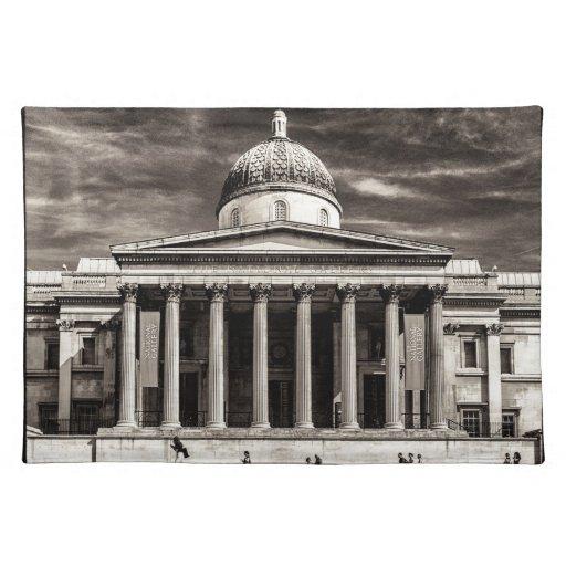 El National Gallery, Londres con los pasos - BW Mantel Individual