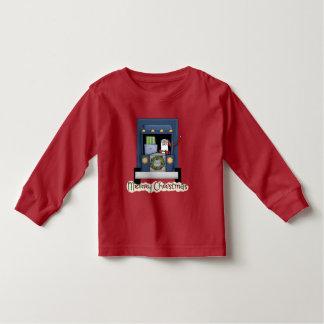 El navidad acarrea la conducción de la camiseta