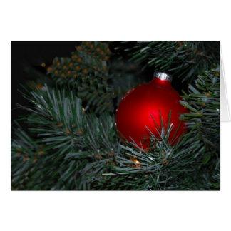 El navidad adorna en árbol tarjeta pequeña