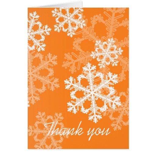 El navidad anaranjado de los copos de nieve le agr tarjeta de felicitación