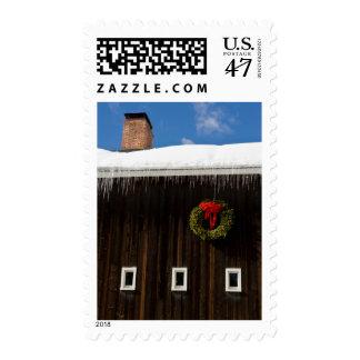 El navidad enrruella en un granero en Grafton, Sellos