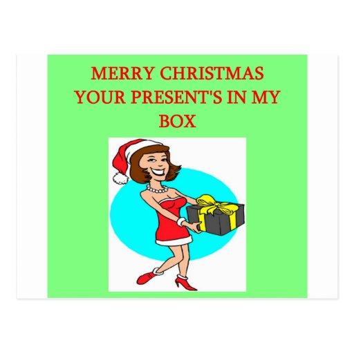 el navidad envolvió el presente en el chiste de la tarjetas postales