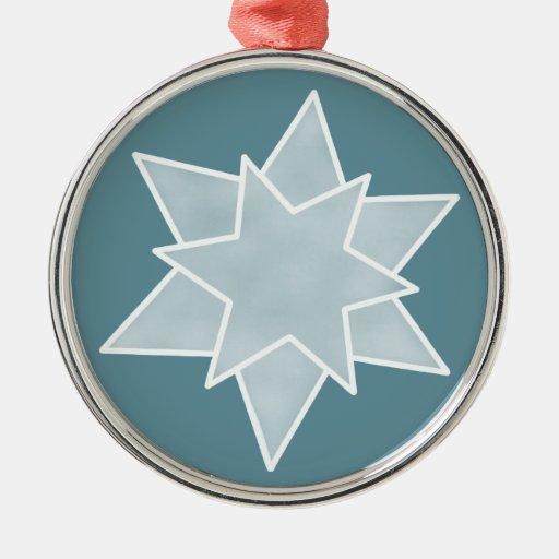 El navidad protagoniza el ornamento superior, azul adorno de reyes