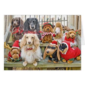 El navidad trae a la familia entera junto tarjeta de felicitación