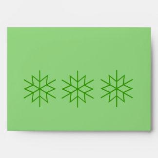 El navidad verde protagoniza el sobre de la tarjet