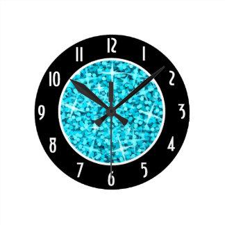 """El negro azul del Glitz """"numera"""" el reloj redondo"""