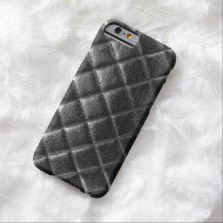 El negro cosió el caviar acolchado del cc del funda de iPhone 6 barely there