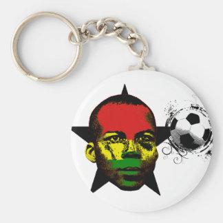 El negro de Ghana protagoniza el fútbol África Llavero Redondo Tipo Pin