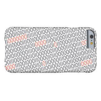 El negro del código binario con rojo destaca en funda barely there iPhone 6