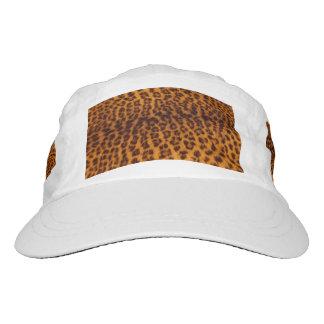 El negro del estampado leopardo manchó la gorra de alto rendimiento